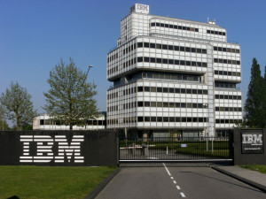 20110425_Amsterdam_65_IBM_building-768x576